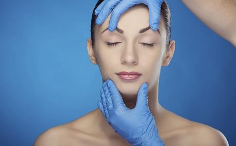 介绍三种最受欢迎的隆鼻方法