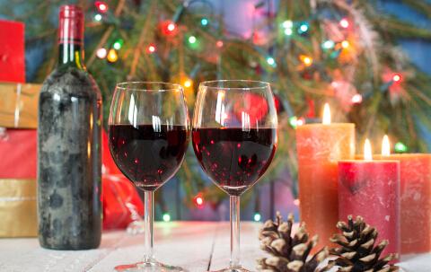 女性喝红酒_红酒美容养颜 女人喝红酒的七种好处_健康快讯_新闻_99健康网