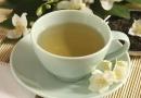 上班族每天什么时候喝茶好