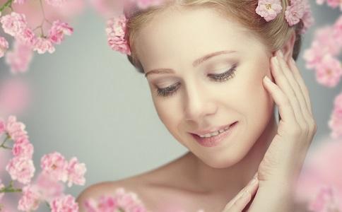 女星如何美容护肤 自制面膜美容护肤 美容护肤的方法有哪些