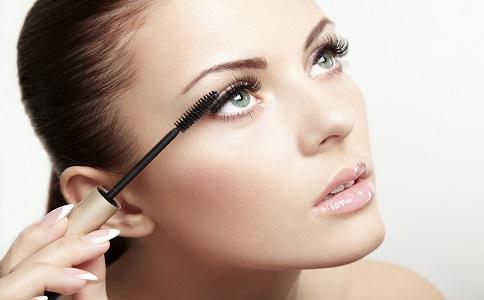 如何画好眼线 画睫毛的步骤 如何画好眼妆