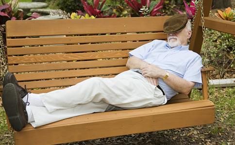 老人腿抽筋的原因如何應對老人腿抽筋什麼原因導致老人腿抽筋