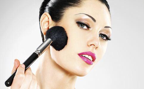 彩妆的方法 彩妆步骤 怎样化好彩妆