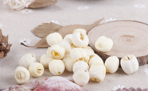 白帶過多怎麼辦 白帶多吃什麼好 白帶過多能吃蓮子嗎