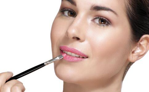 如何化彩妆 化彩妆的效果 化彩妆的步骤