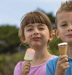 如何正确引导孩子交友 怎样帮助孩子交友 如何让孩子学会交朋友