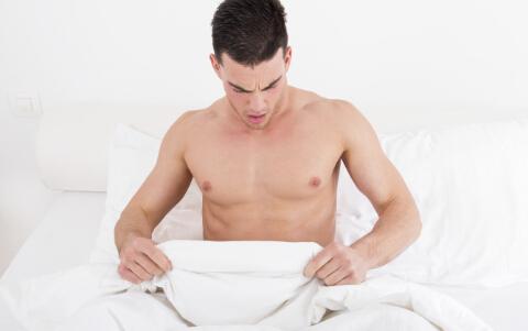 男性患非淋的症状 男性非淋的症状 男性非淋有哪些症状
