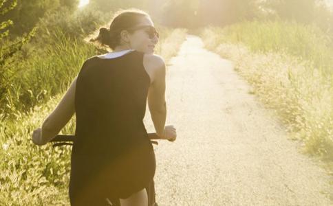 盆腔炎患者能做运动吗 盆腔炎做哪些户外运动好 盆腔炎预防保健