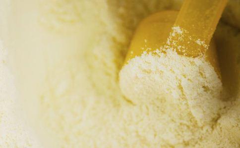 奶粉的营养价值 孕妇可以吃奶粉吗 产妇可以吃奶粉吗