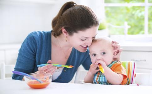 烂嘴角是什么原因引起的 烂嘴角是什么原因 小孩为什么容易烂嘴角