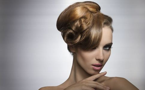 新娘发型 新娘发型步骤 新娘发型步骤解析