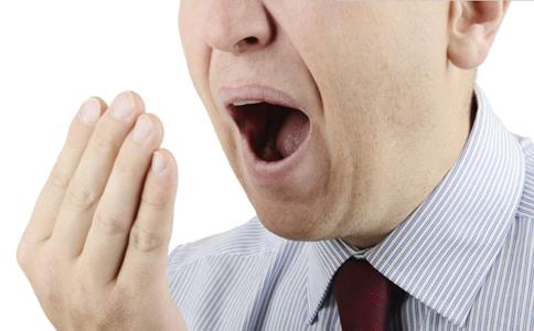 如何从口腔异味判断疾病 口腔异味可以判断哪些疾病 快速去除口腔异味的方法