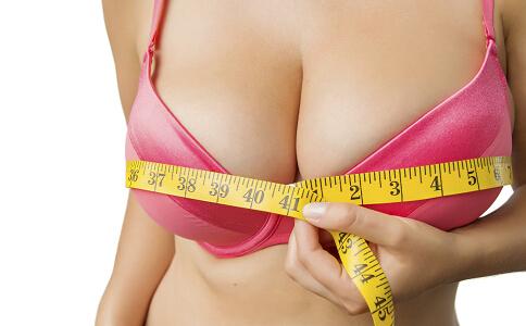豐胸的方法有哪些 豐胸要按哪些穴位 按摩豐胸的方法
