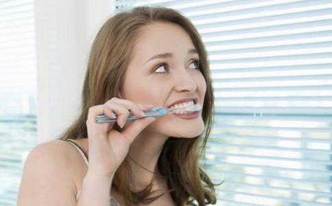 怎么刷牙才正确 刷牙的好处有哪些 如何正确刷牙