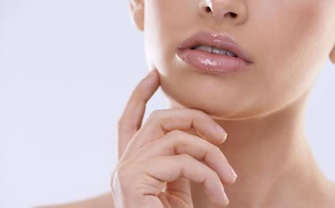 口腔溃疡的自我疗法 口腔溃疡如何治疗 口腔溃疡患者的注意事项