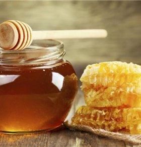 喝蜂蜜能抗花粉过敏吗?春天抗过敏吃4种食物