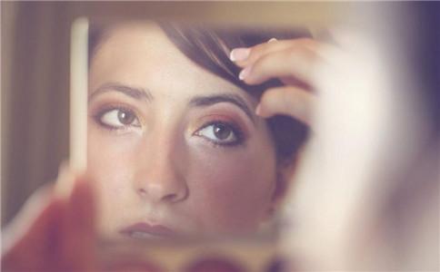 化妆误区 化妆和素颜对比 素颜比化妆好看