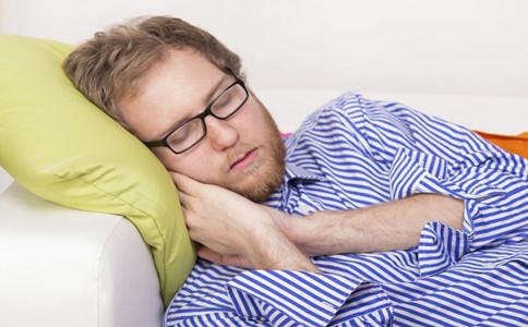 打呼噜的原因 怎么预防打呼噜 睡觉打呼噜怎么办