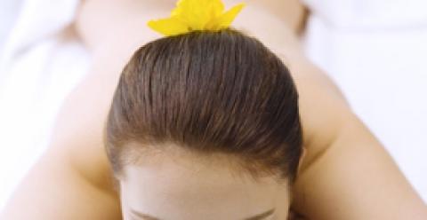 刮痧的好处 刮痧能治疗妇科病吗 刮痧的注意事项