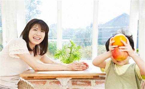空腹能不能吃苹果 早上空腹吃苹果好不好 早上空腹吃苹果好吗