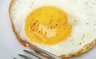 女性早餐吃鸡蛋好处多 有助减肥
