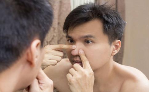 痘痘肌肤怎么护理 痘痘肌肤怎么改善 长了痘痘应该怎么办