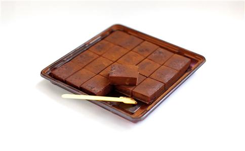 黑巧克力预防糖尿病 黑巧克力的功效 黑巧克力的功效有哪些