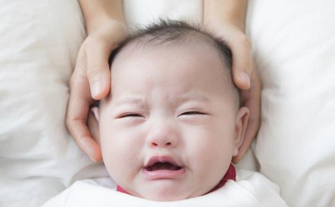 婴儿肠绞痛的症状 如何预防肠绞痛 婴儿肠绞痛如何护理