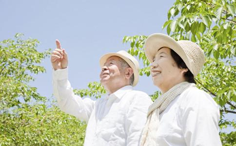 老人如何保持年輕心態老人如何變年輕老人保持年輕心疼的方法