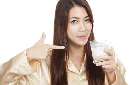 喝孕妇奶粉有用吗 喝孕妇奶粉好吗 孕妇奶粉有必要喝吗
