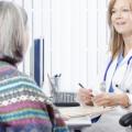 卵巢癌的症状 卵巢癌晚期能活多久 卵巢癌的治疗方法