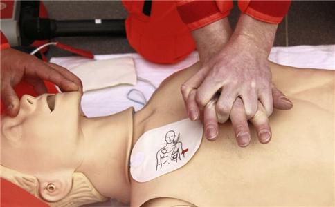 以备不时之需:心肺复苏的正确步骤
