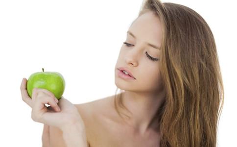 经期能吃苹果吗 女性多吃苹果的六大好处 吃苹果注意事项