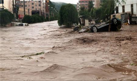 <font color='009'>武汉特大洪水 全国多个地区深受洪涝之苦</font>