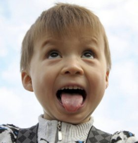 宝宝有地图舌(游走性舌炎)怎么办 宝宝有地图舌怎么办 宝宝有游走性舌炎怎么办