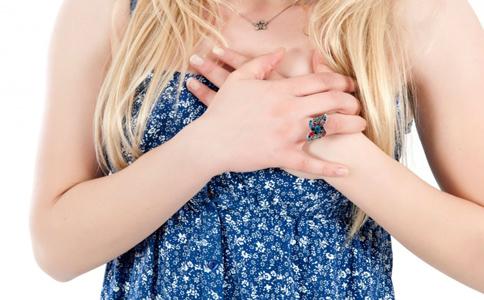 女性乳房疼痛怎么回事 女性乳房痛需要检查吗 乳房疼痛是什么