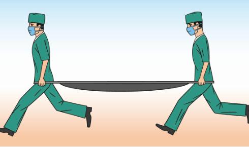 急救人员拒抬81岁病人 急救人员拒抬病人 拒抬81岁病人
