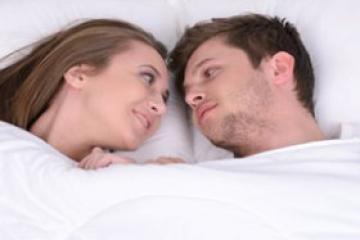 全球首例寨卡病毒女传男 由性行为传播