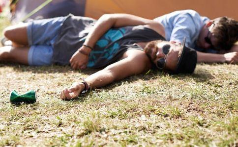 夏季出行怎么预防中暑 中暑怎么办 中暑如何急救