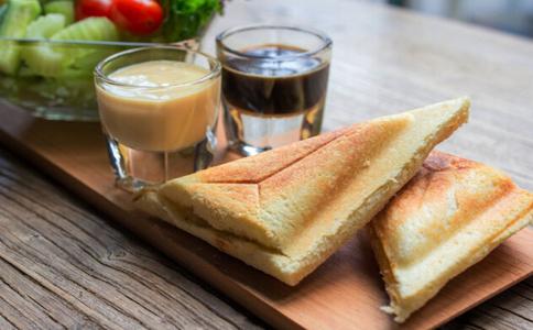 什么食物不适合当早餐 早餐不适合吃什么 早餐不可以吃什么