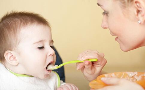 宝宝夏季饮食 夏季宝宝吃什么水果好 夏季宝宝吃什么好