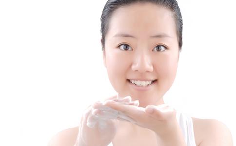 女性护肤小常识 护肤的步骤有哪些