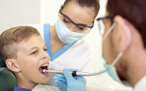 哪些人需要洗牙 洗牙对牙齿有伤害吗 需要洗牙的人有哪些