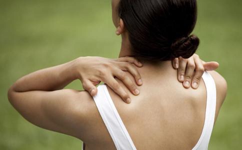 肩背腰痛不用怕 中医教你按摩来缓解