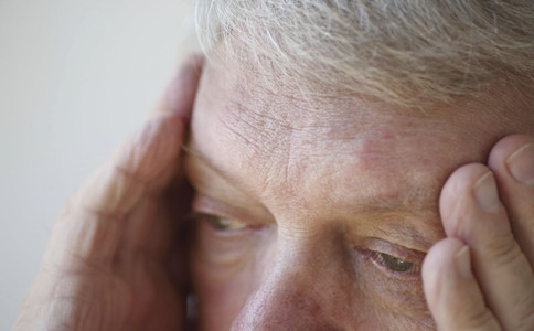 老人為什麼會頭暈預防老人頭暈的方法老人頭暈怎麼辦