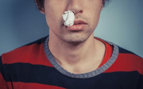 鼻息肉有哪些症状 鼻息肉如何治疗 患上鼻息肉怎么办