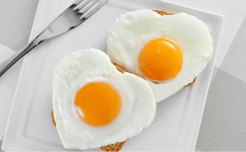 鸡蛋每天吃几个最好 鸡蛋布丁怎么做 鸡蛋怎么做好吃