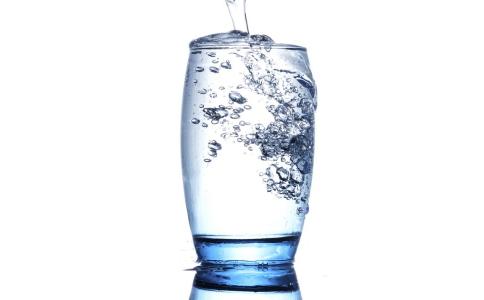 喝水能减肥吗 怎么喝水可以减肥 喝水减肥的方法有哪些