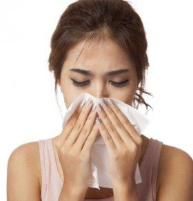 流鼻血怎么处理 警惕四种错误处理方法