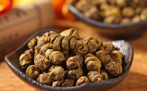 湿热重能吃石斛吗 石斛祛湿热的2种吃法